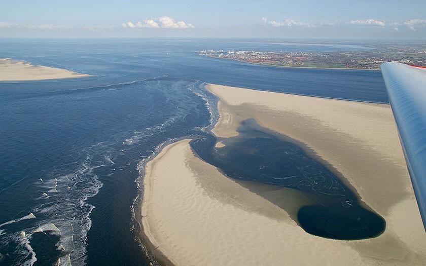 Baai in Noorderhaaks vanuit de lucht (Foto: www.fotofitis.nl)