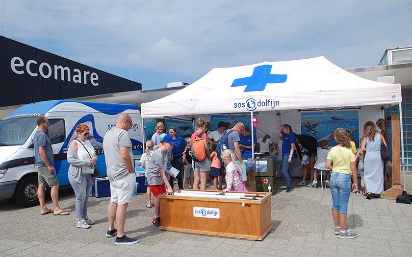 Het Walvisziekenhuis van SOS Dolfijn op de Walvisdag bij Ecomare