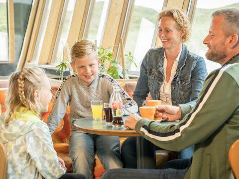 Restaurant en winkel bij Ecomare op Texel